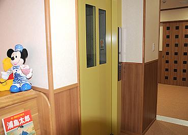 長野保育園-エレベーター